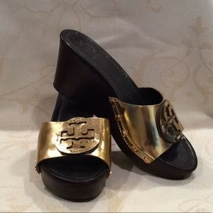 "ROCK THE GOLD! LIKE NEW, TORY BURCH ""PATTI"" WEDGES"